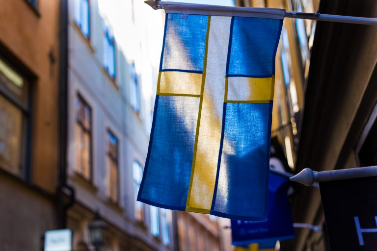 Sweden's Central Bank Rejects Carbon Contributors in Major Move